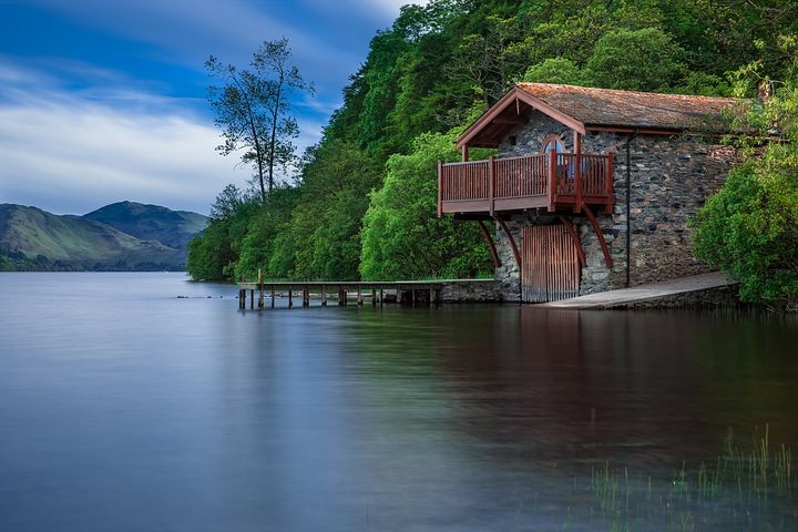 boat-house-192990__480
